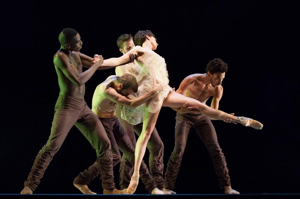 Alonzo King Lines Ballet,  Foto © Margo Moritz