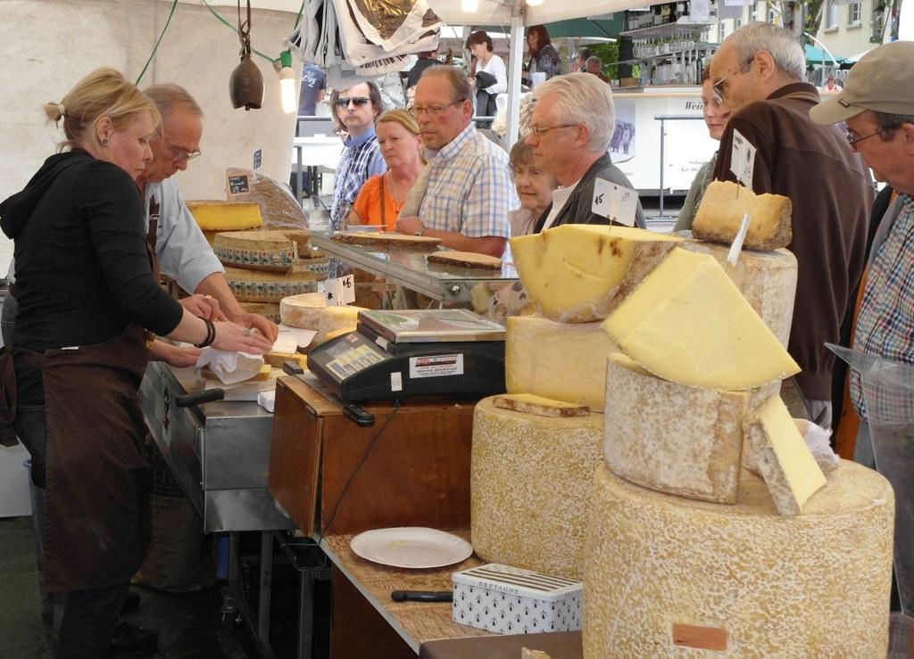 Französischer Markt und Weinfest