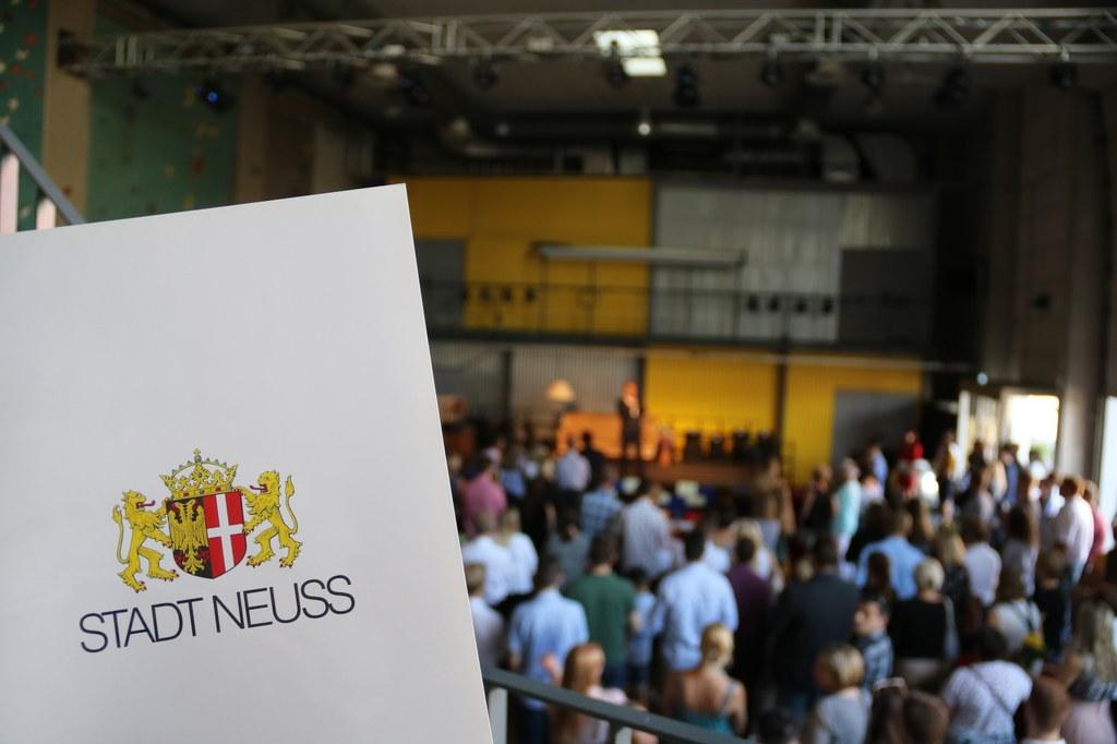 Im Greyhound Pier 1 fand die Willkommensfeier für die neuen Auszubildenden der Stadt Neuss statt.