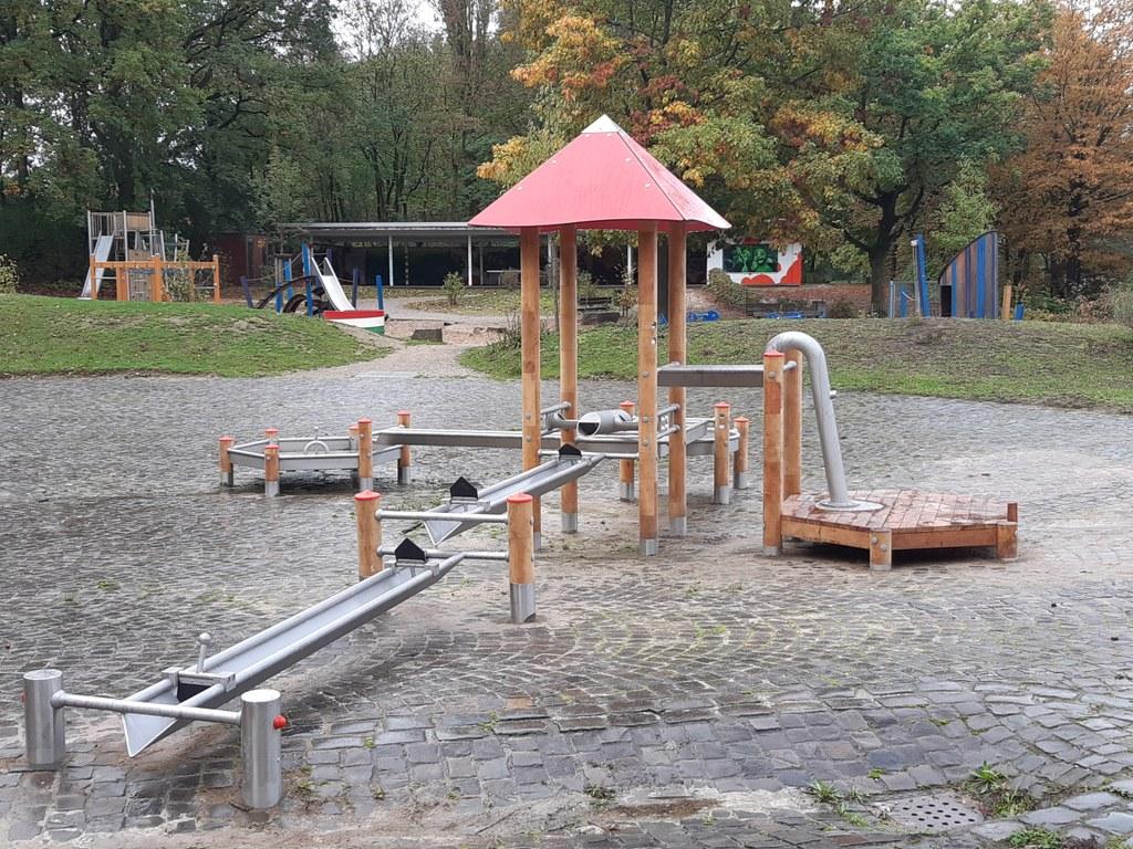 Wasserspiel am Spielplatz Jröne Meerke