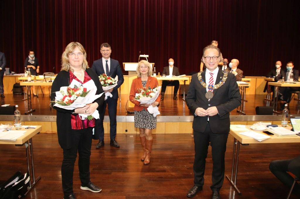 Bürgermeister Reiner Breuer (r.) mit seinen drei Stellvertreter*innen Susanne Benary, Dr. Jörg Geerlings und Gisela Hohlmann (v.l.)