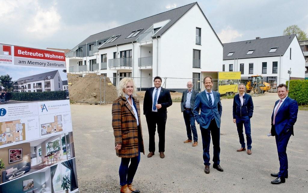 Am Gottfried-Schmitz-Weg werden zurzeit ein Mehrfamilienhaus und sechs Miet-Einfamilienhäuser errichtet.