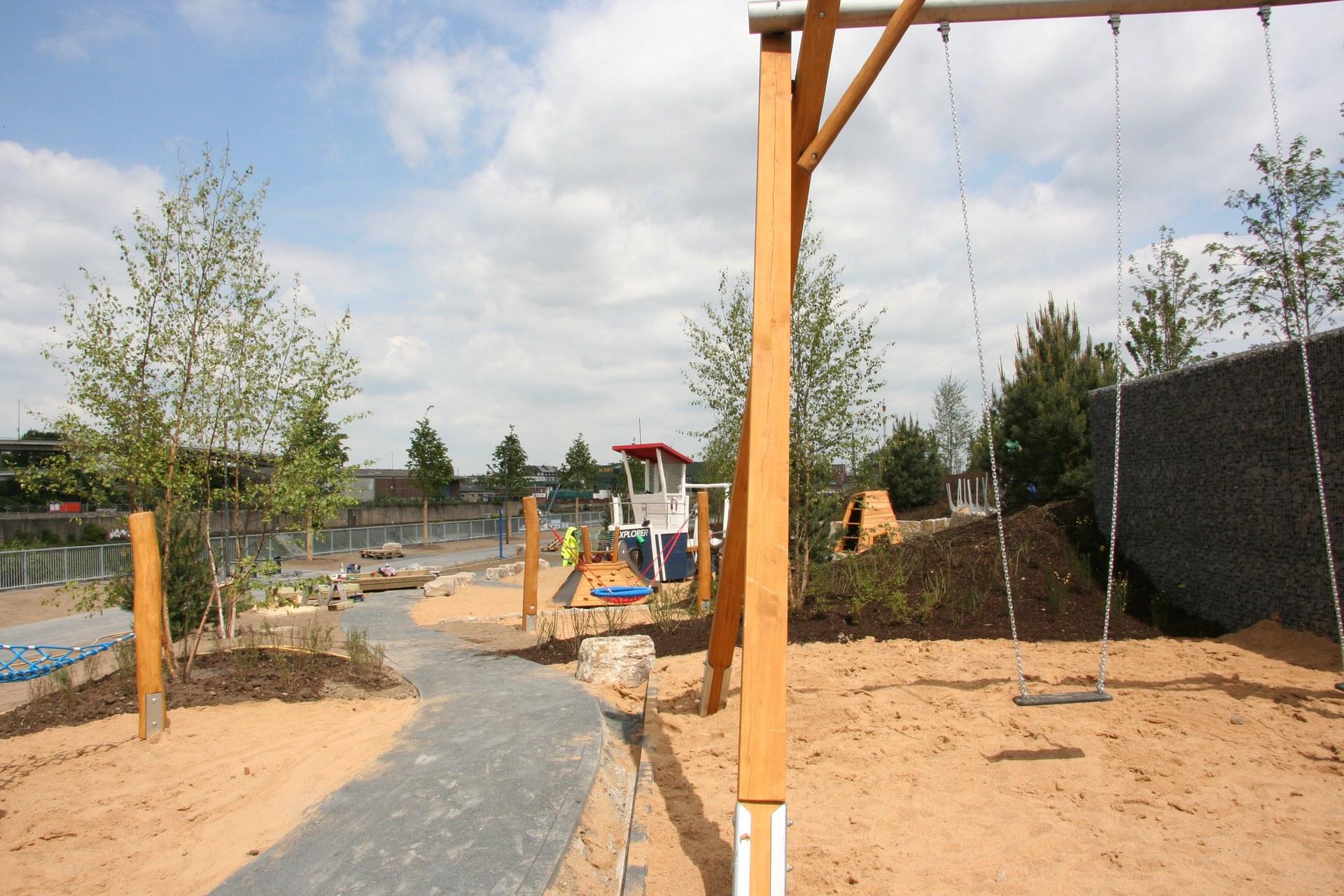 Uferpark 02