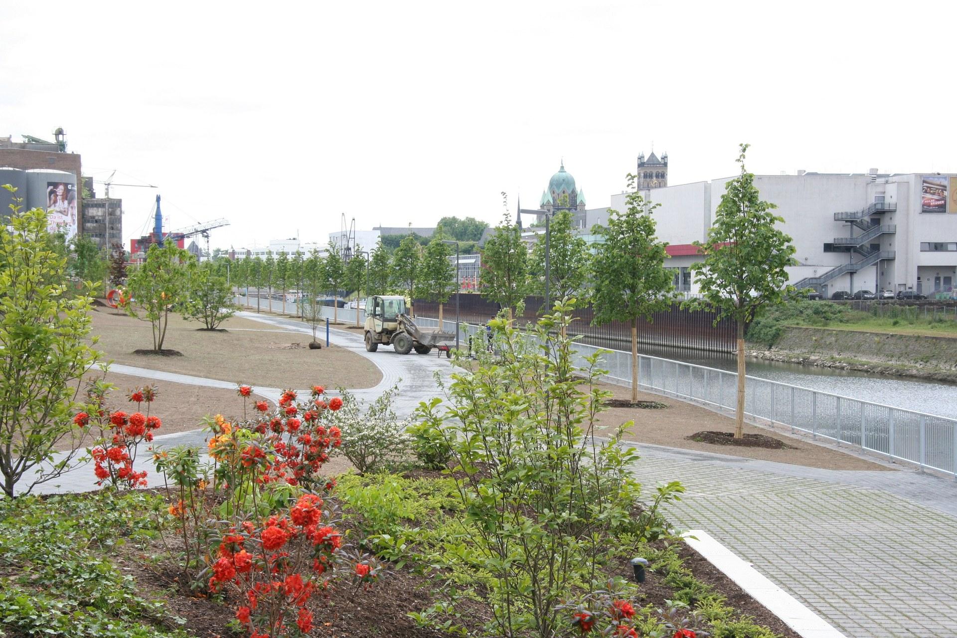 Uferpark 13