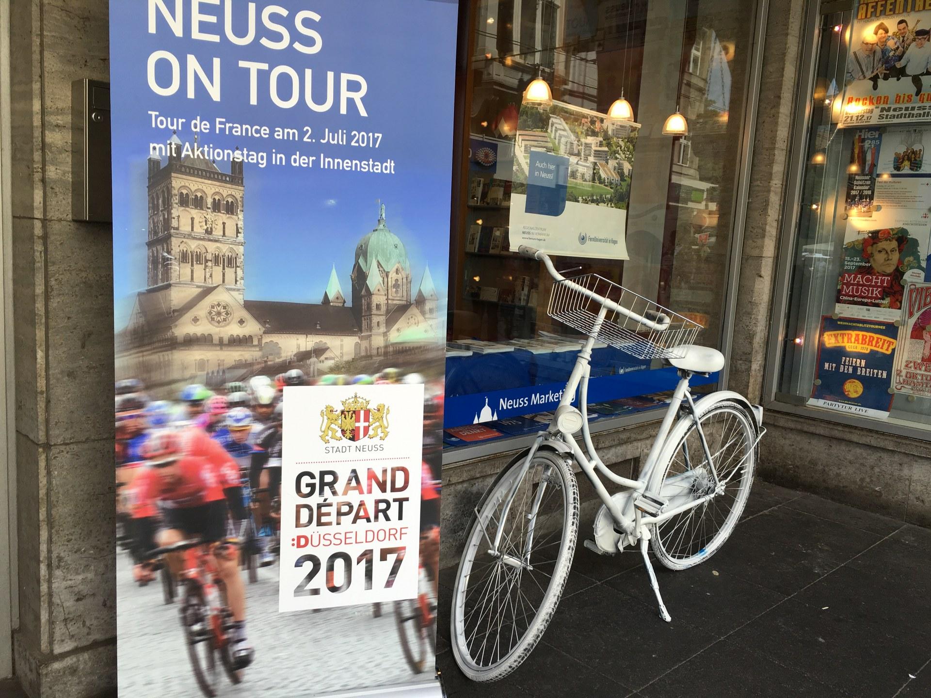 Banner »Neuss on Tour«