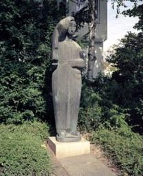 Trauernde, Reuschenberg, J. Neuhaus, 1957