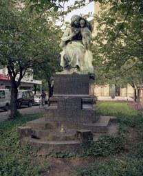 Thronende Madonna, Marienkirchplatz, J. Hammerschmidt, 1906