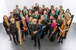 Das Blockflöten-Orchester Neuss lädt ein zum großen und besinnlichen Weihnachtskonzert. Konzertante und groovige Weihnachtsmusik arrangiert, dirigiert und gewohnt unterhaltsam moderiert von Ralf Bienioschek.