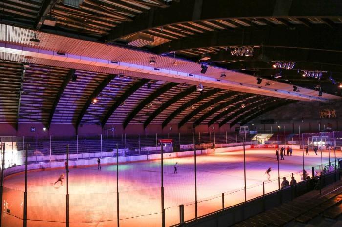 Foto: Eissporthalle im Südpark, Stadtwerke Neuss