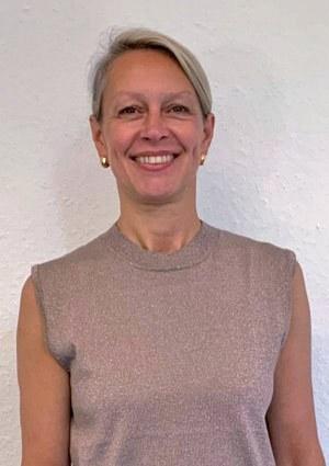 Irina Schuster, Repräsentation und Städtepartnerschaften